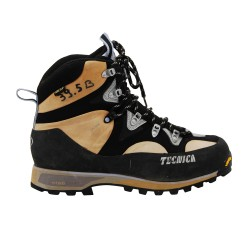 Snowshoeing and hiking / walking boot used Tecnica trek pro gtx ws