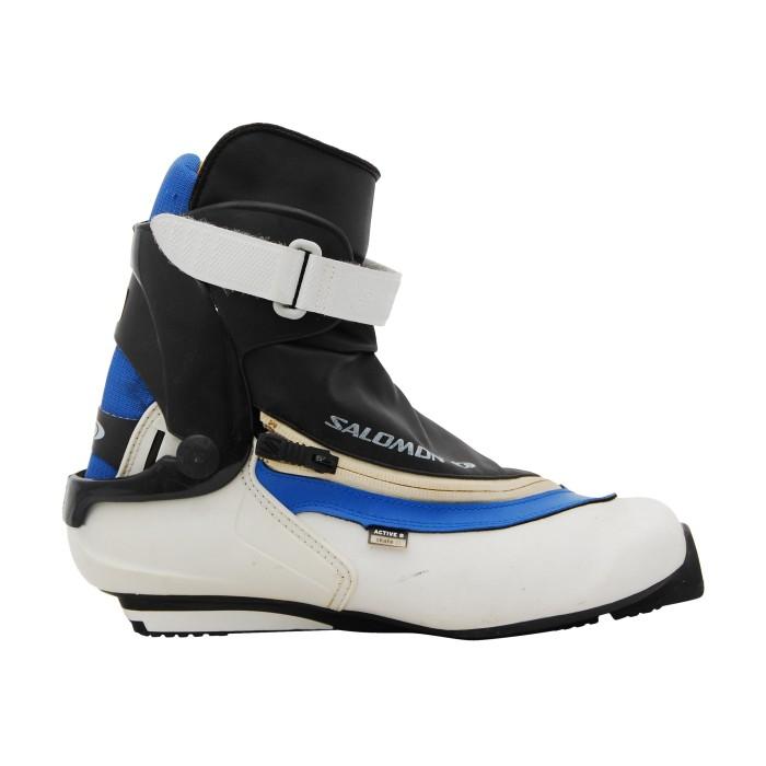 Skate SALOMON Active 8 Pilot background shoe