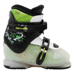 Dalbello junior model junior ski boot threatens